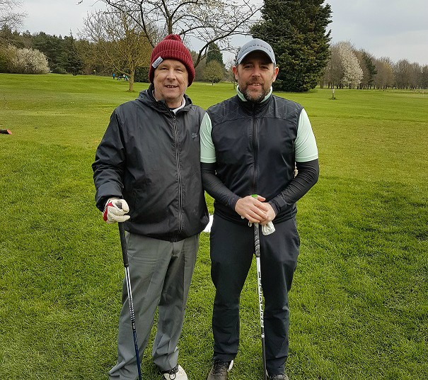 Scott Parnell supports golf society helping raise funds for children's cancer charity